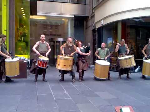The Gael by Clanadonia - Scottish Drummers & Bagpipers in Glasgow