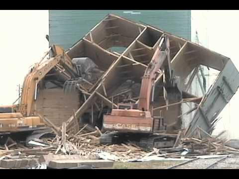 Time Lapse Movie of the Demolition of the Last Grain Elevator in Carstairs, Alberta