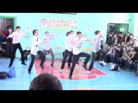 """Танец парней на """"А ну-ка, девушки!"""" (нарезка)"""