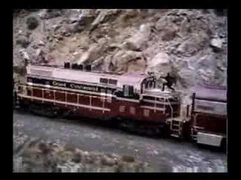 Go Back  gt  Gallery For  gt  Under Siege 2 TrainUnder Siege 2 Train Crash