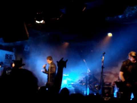 OOMPH! - Du willst es doch auch (25.4.2010, Exit Chmelnice, Prague)