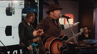 "Lee Brice YouTube LIVE Series: ""Drinking Class"""
