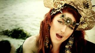 Клип Neon Hitch - Get Over U