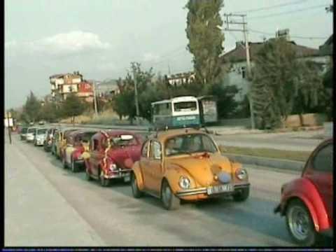 A Wedding Convoy of VW Beetles  Part1 (Convoy)