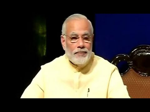 PM Modi shares advice and anecdotes with students