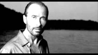 Watch Lee Greenwood Wind Beneath My Wings video