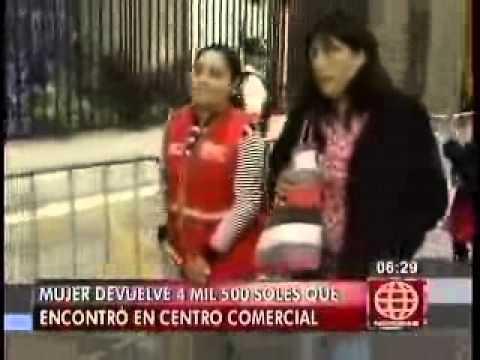 Ministerio de la Mujer apoyará a mujer que devolvió dinero (Canal 4)