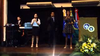 Falar com Deus - Grupo Nova Voz: Thúlio, Thaíse e Mariana.