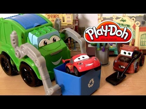 Play Doh Trash Tossin Rowdy the Garbage Truck Playset Chuck and Friends Micro Drifters Disney Cars