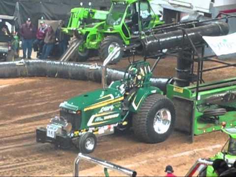 2013 NFMS 10,000 Pro Stock Tractors Pull at louisville, KY