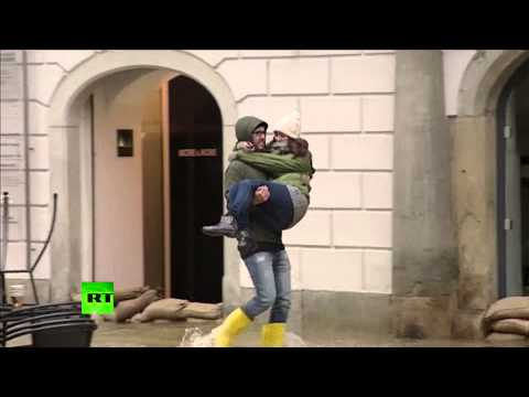 Video: Central Europe on high alert over record floods
