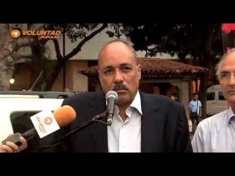 Leopoldo López mecere el aplauso y reconocimiento de los venezolanos