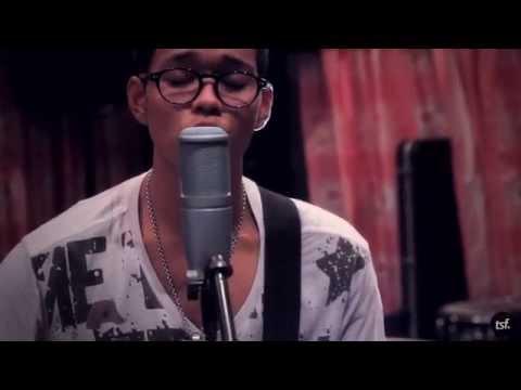 """Ibu by Armada Band"" Ayish Mentor & Lul (Nominos) (TSF Live Session)"