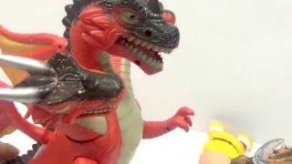 Cuộc chiến rồng 3 đầu và khủng long tê giác vô cùng gay cấn  Đồ chơi khung long ドラえもん