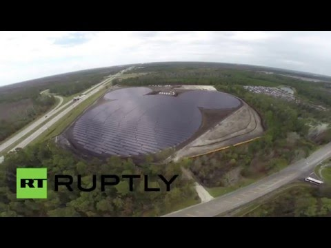'Mickey Mouse' solar panel field in Florida (drone footage)