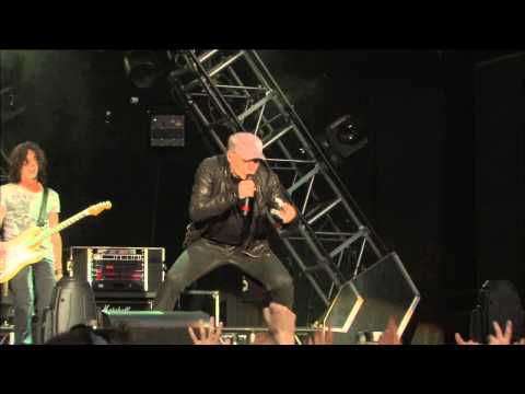 Vasco Rossi L'uomo più semplice – Live Kom 013 (Video Ufficiale)