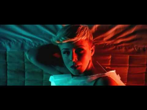 Röyksopp 'The Girl And The Robot'