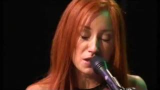 Watch Tori Amos Mary Jane video