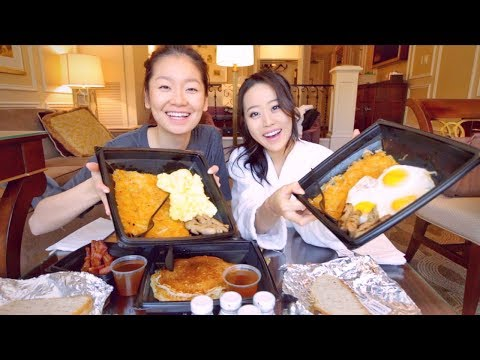 Breakfast in Vegas MUKBANG | Eating Show thumbnail