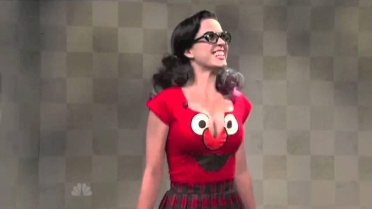 Katy perry bouncing boobs