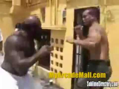 Kimbo Slice fights Chico Fighting Video