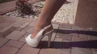 Pantyhose futuro over white stockings