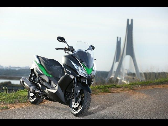 Vid�o Essai Kawasaki J300 ABS 2014 : Du fun pour les commuters !