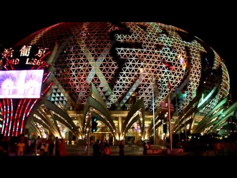 Macau, Grand Lisboa LED show Video