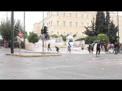 Riots in Athens during Merkel's visit