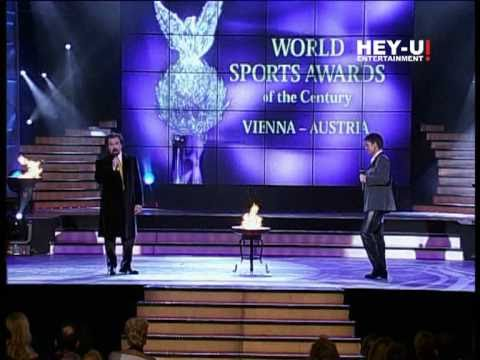 Sir Cliff Richard & Vincenzo la Scola - Vita mia