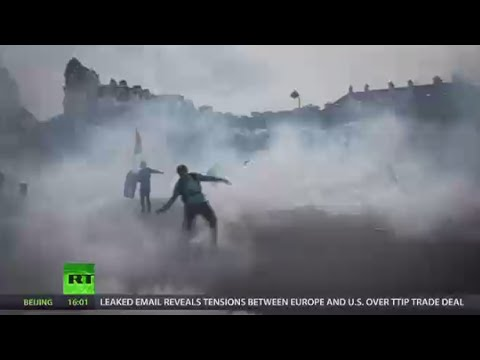 'Guerrilla-type action' France faces major tourism hit in wake of labor reform protests
