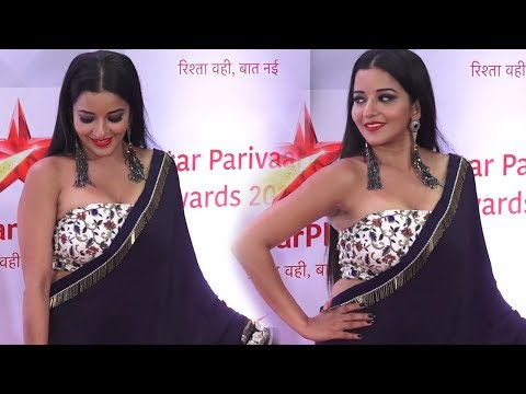 Beautiful Monalisa in Blue Saree at Star Parivaar Awards thumbnail