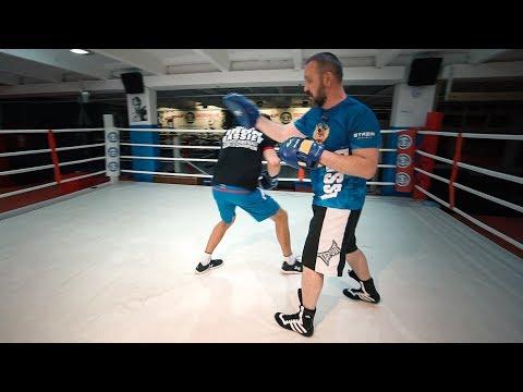 Этим приемом Ломаченко выигрывает каждый бой / Как ударить из-за угла