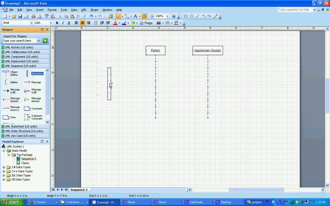 visio  How do you show events in UML Class Diagrams