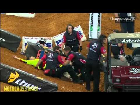 BROKEN BONES CRASH Dallas Supercross 2015 Tracy Morgan