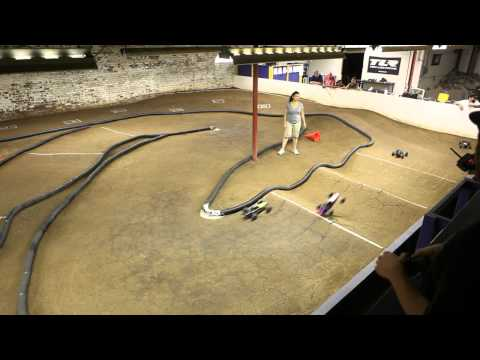 Tuesday Night Racing Losi Xxx  1 10 Scb Demo video