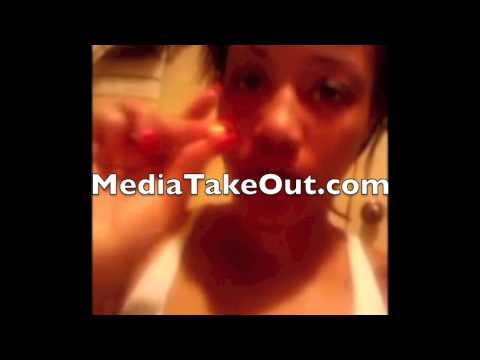 Jhonni Blaze Giving Herself A Hood Abortion video