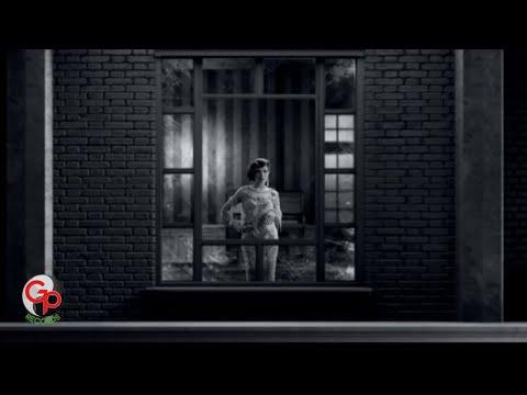 Mulan Jameela - Hilang [Official Music Video]