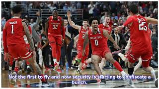 VIDEO: March Madness 2019: Security confiscates tortillas after Texas Tech fans toss some on court