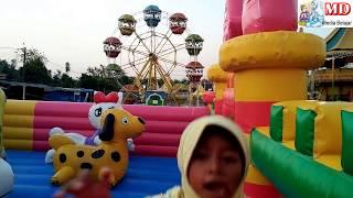 Bermain di Istana Balon Spongebob Squarepants dan Odong Odong Mainan Anak Kecil