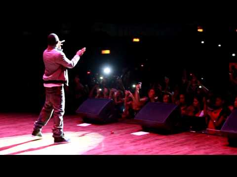Trey Songz - Does He Do It.MOV