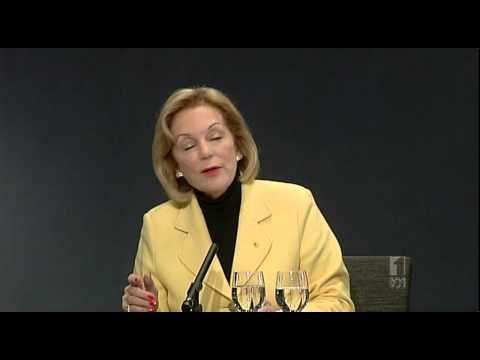 Ita Buttrose comments on amateur photographers | National Press Club Address | July 2012