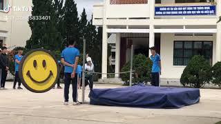 Nỗi khổ nhảy xà của nữ sinh Việt Nam