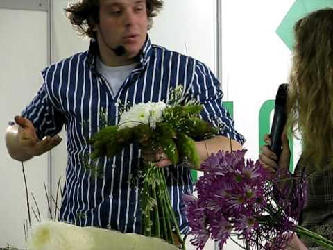 Piter van der Sluis - Wedding Bouquet with tail