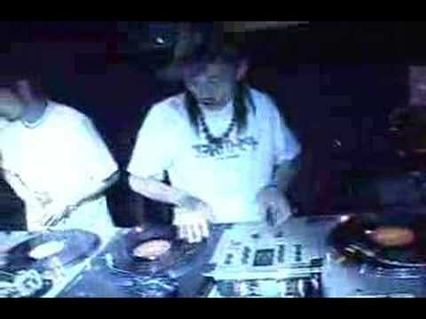  DJ Hi-C + DJ Yasa Kireek Japan DMC ...