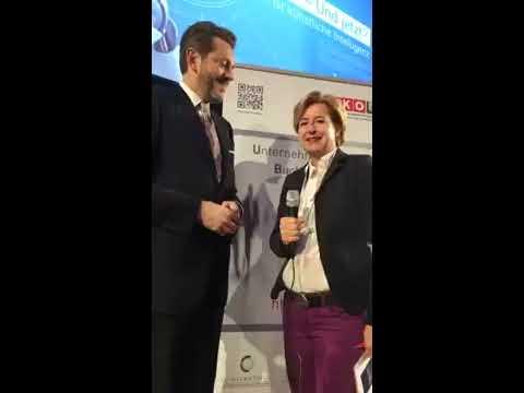 15. Österreichischer IT- und Beratertag 2017 - Interview mit Minister Harald Mahrer
