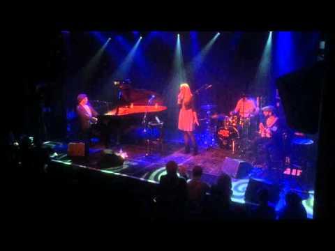 Idan Raichel - Le'Chakot (To Wait) - Live from Melkweg, Amserdam 21.2.16