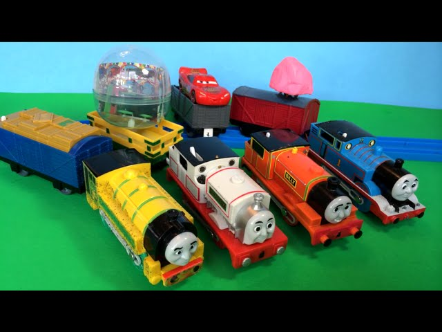 Thomas and Friends Trackmaster Trains  Play Doh, Eggs Surprises, Disney Cars Toy Lightning McQueen.