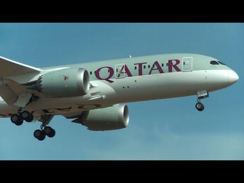 Qatar Airways Boeing 787-8 [A7-BCR] noon landing at Zurich Airport