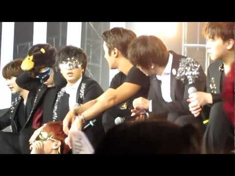 2012.4.28 Super Junior SS4 in Indonesia..talk-time (part 1)